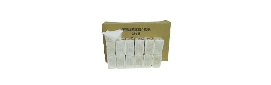 Servilletas y rollos de papel higiénico